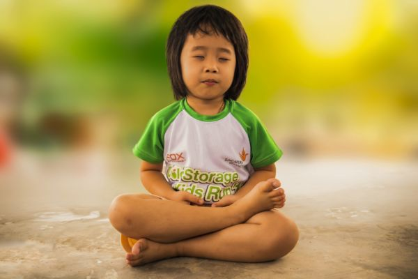 poses de yoga pour enfants