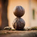 ᐅ Les huit branches du yoga : Tout savoir !