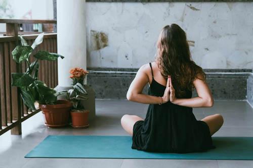 Créer un espace de méditation à la maison