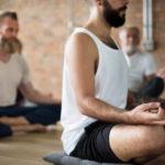 Comment le yoga traite 4 problèmes de santé courants !